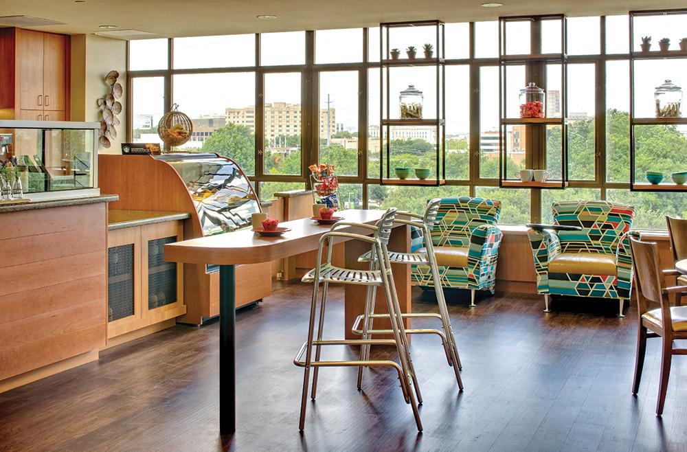Aptura designed dining area at Texas Health Presbyterian Hospital with Maxwell Thomas furniture