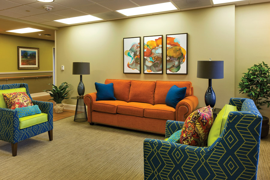 Aptura designed lounge area at Texas Health Presbyterian Hospital with Maxwell Thomas furniture