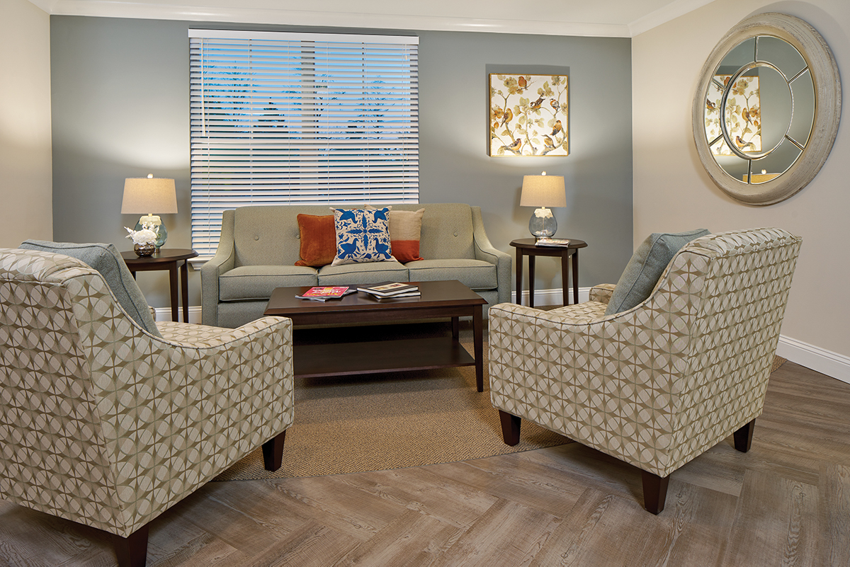 Living room area at Woodcrest at Blakeford